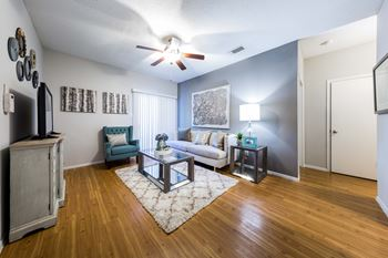 1003 Justin Lane 2 Beds Apartment for Rent Photo Gallery 1