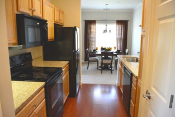 1 Technology Drive 1-2 Beds Apartment for Rent Photo Gallery 1