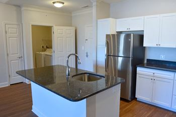 499 Boston Road 1-2 Beds Apartment for Rent Photo Gallery 1