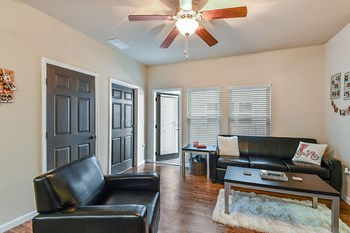 1218 SW 3Rd Ave Studio-4 Beds Apartment for Rent Photo Gallery 1