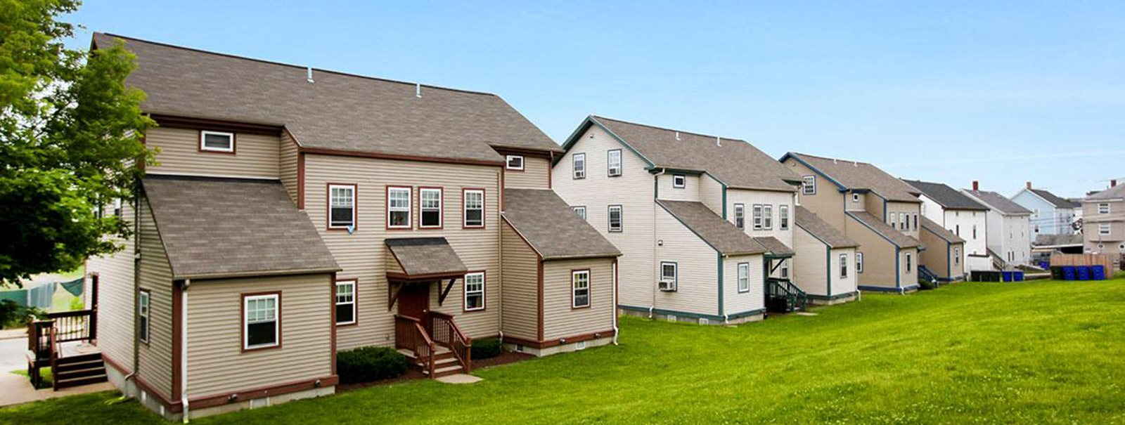 Easterly Shores and Niagara Court Apartments | Apartments in