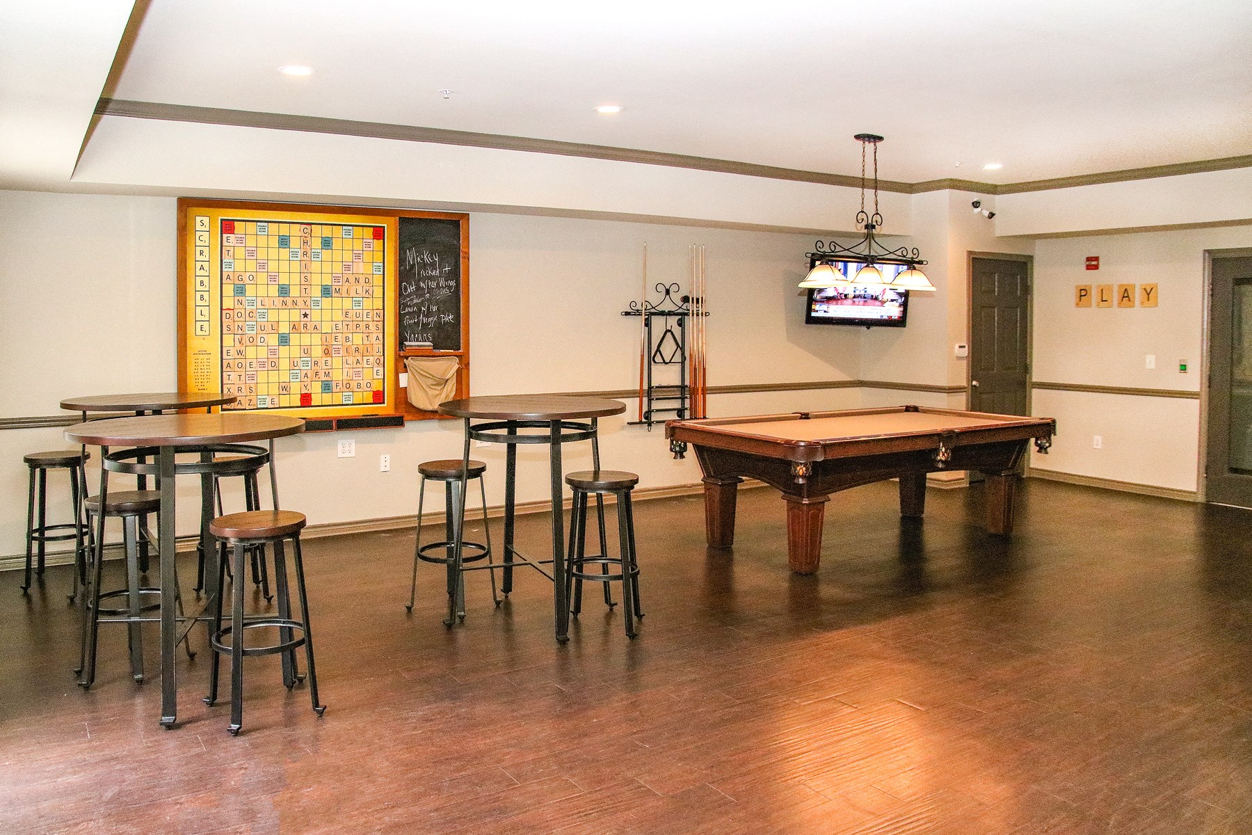 Game Room at 7900 at Park Central Apartments in Dallas, TX