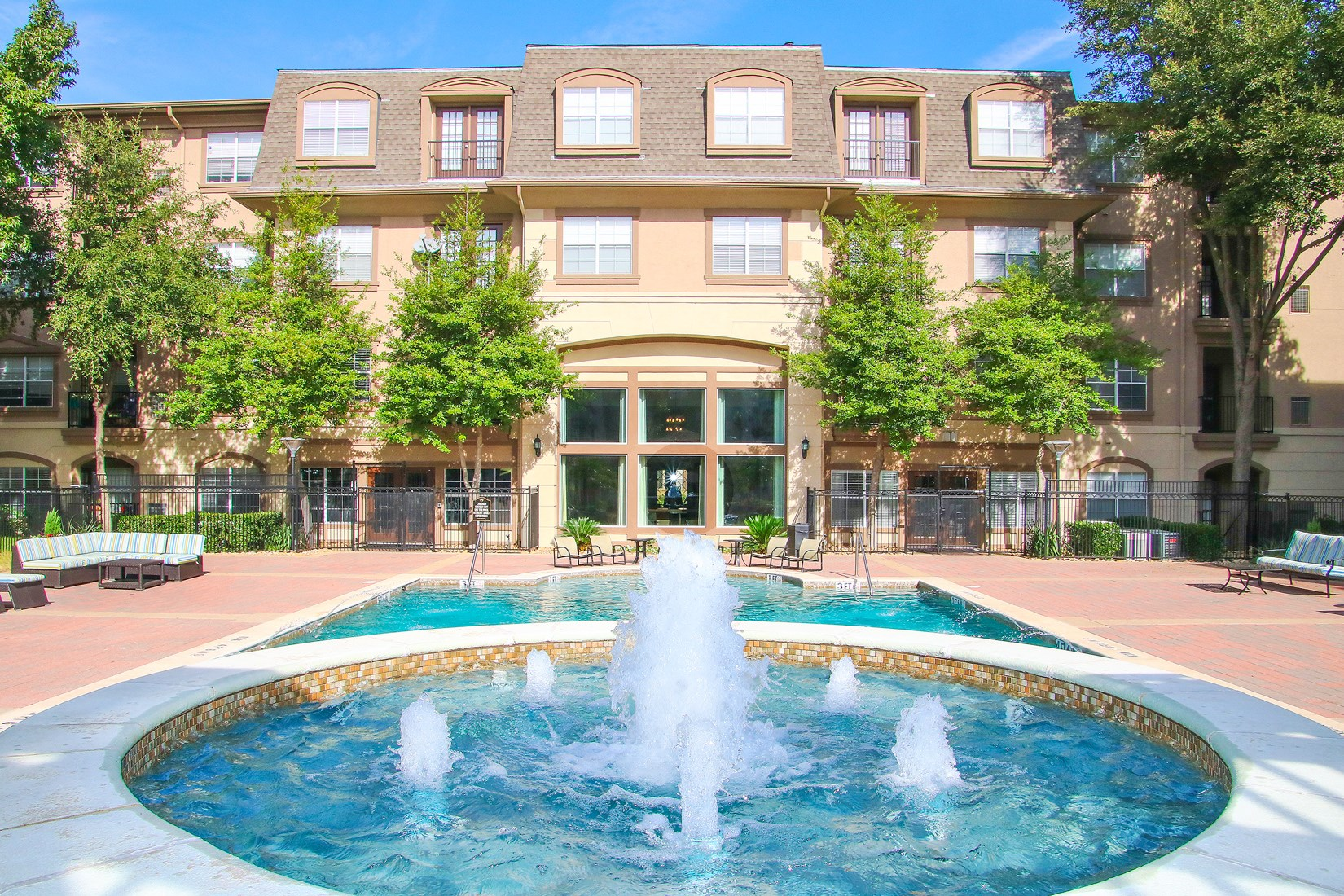 Swimming Pool at 7900 at Park Central Apartments in Dallas, TX