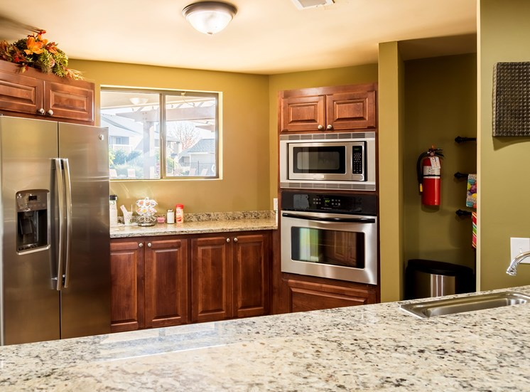 Clubhouse Kitchen at Hudson Orchard Park Apartments in Greenville, SC 29615
