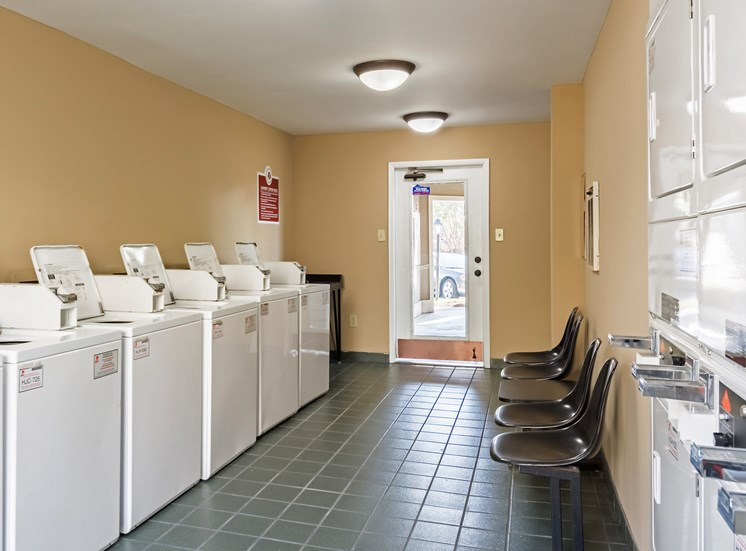 Laundry Center at Hudson Orchard Park Apartments, SC 29615