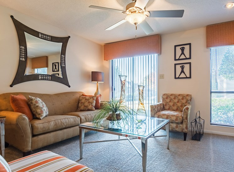 Natural Lighting at Hudson Orchard Park Apartments in Greenville, SC 29615