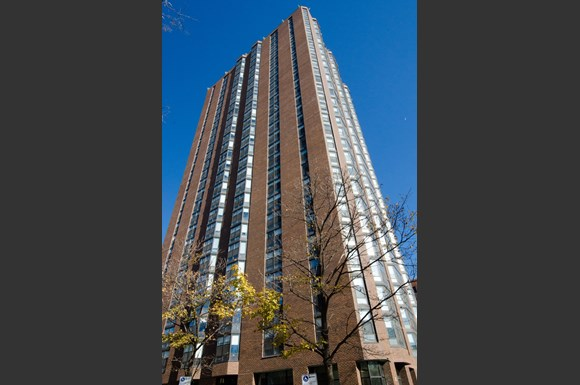 Kenmore Plaza Apartments 5225 N Kenmore Avenue Chicago