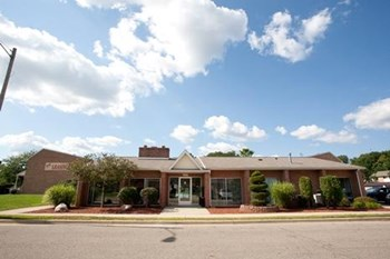 420 Arbor Pointe Drive 1-3 Beds Apartment for Rent Photo Gallery 1
