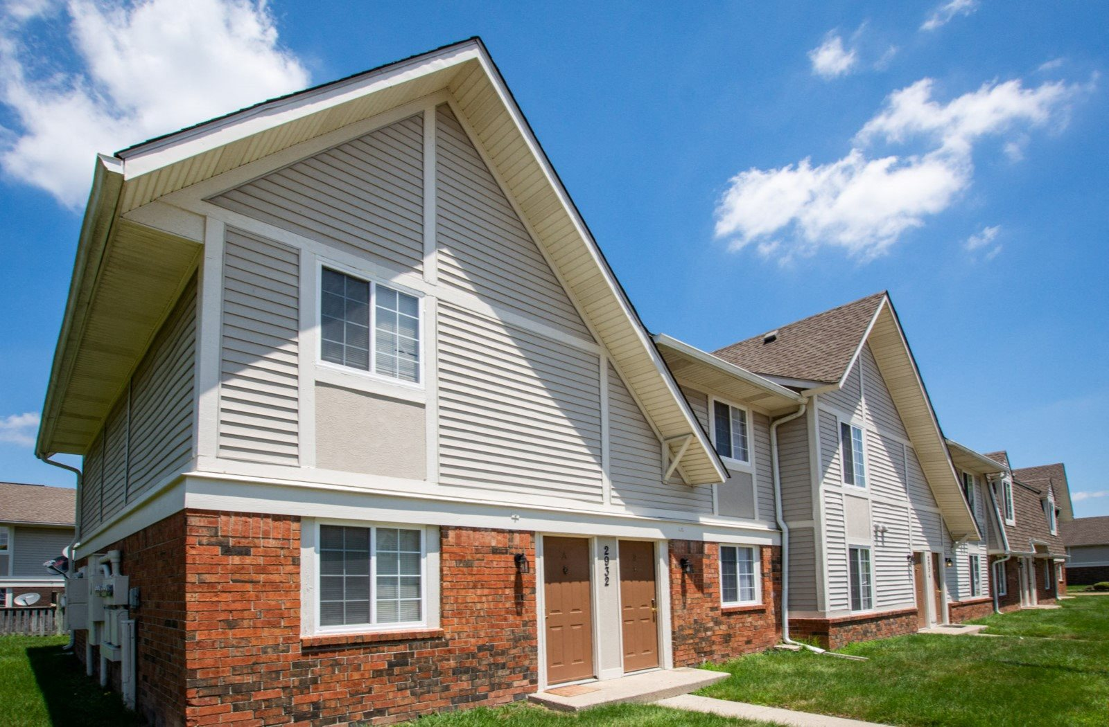 Country Lake Townhomes Apartments In Indianapolis In