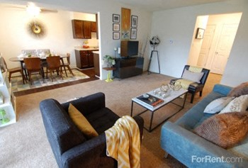 808 Clubhouse Drive Studio Apartment for Rent Photo Gallery 1