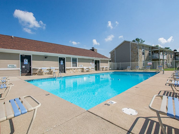 Resort Style Swimming Pool at Sandstone Court Apartments, Greenwood, 46142