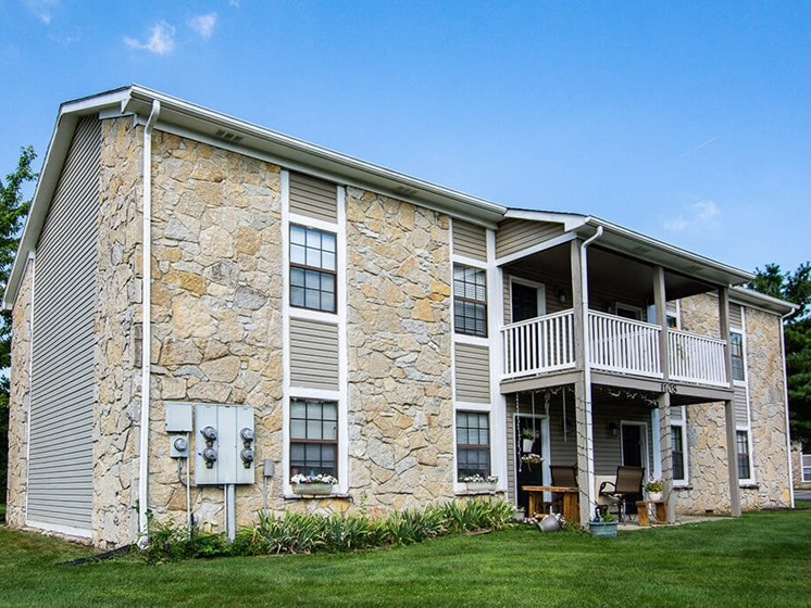 Attractive Apartment at Sandstone Court Apartments, Indiana