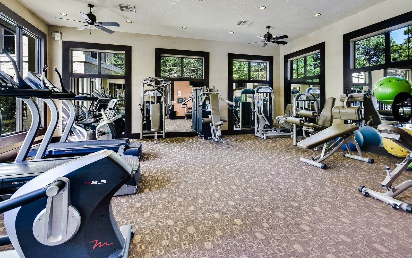 Westlake Apartments in Austin, TX | 3500 Westlake