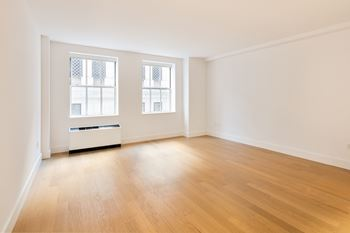 63 Wall Street Studio 3 Beds Apartment For Rent Photo Gallery 1