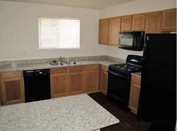 15130 Beacon Point Ln 2-4 Beds Apartment for Rent Photo Gallery 1