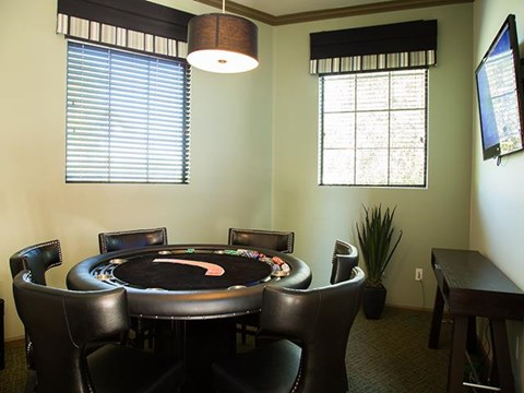 Community Lounge at ALARA Links at Westridge Apartment Homes, 25330 Silver Aspen Way