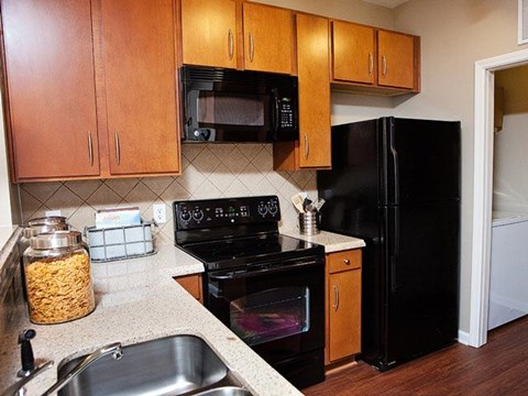 Fully equipped kitchen at Weston Lakeside Apartments, North Carolina, 27513