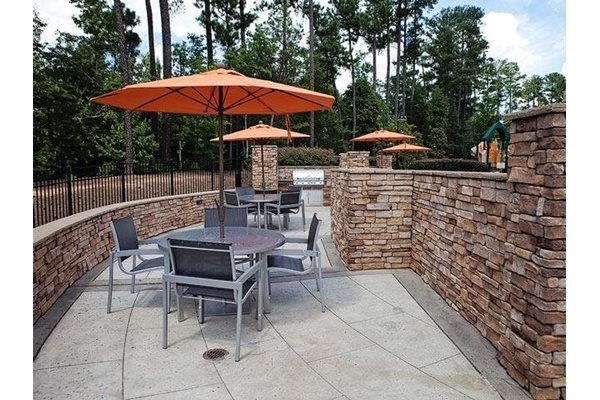 BBQ area at Weston Lakeside Apartments, North Carolina, 27513
