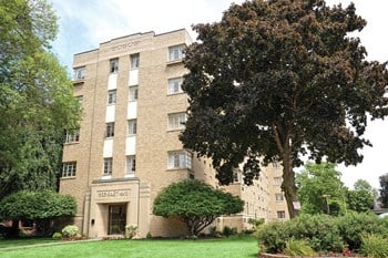 520 East Avenue Studio-3 Beds Apartment for Rent Photo Gallery 1