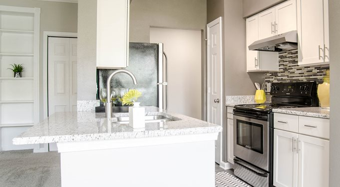 Beautiful Kitchens | Apartments Franklin TN