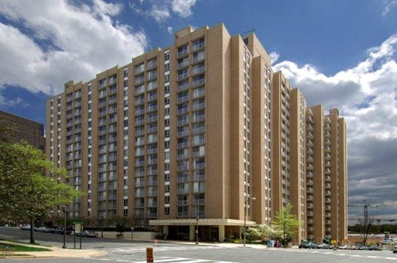 Highland House West Apartments, 4450 S. Park Avenue, Chevy Chase, MD ...