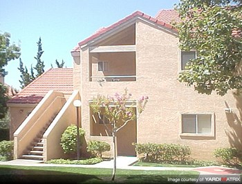 2751 PEPPERTREE DRIVE Studio-2 Beds Apartment for Rent Photo Gallery 1