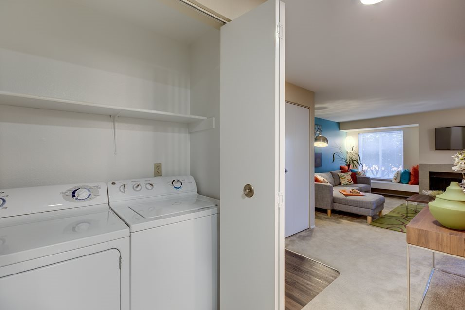 Washer & Dryer at Montevista at Murrayhill, 14900 SW Scholls Ferry Road, Beaverton