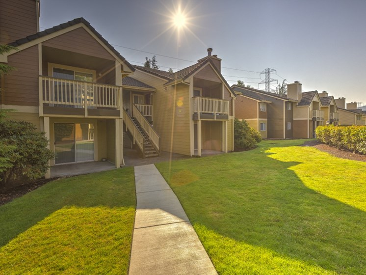 Tranquil Apartment Community at Montevista at Murrayhill, 14900 SW Scholls Ferry Road, Beaverton, 97007