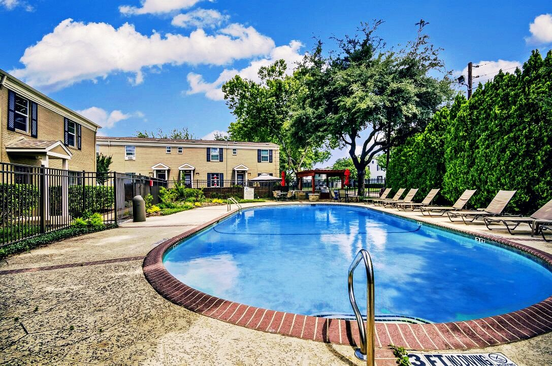 Apartments in Highland Park, TX for Rent | The Monroe