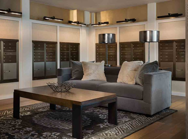 luxury apartment in Houston, TX by Grey House River Oaks
