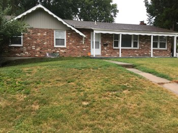 13013 East 49th Street South Independence MO 64055 4 Beds House for Rent Photo Gallery 1