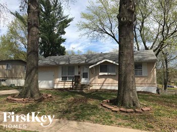 9309 Farley Ave 3 Beds House for Rent Photo Gallery 1