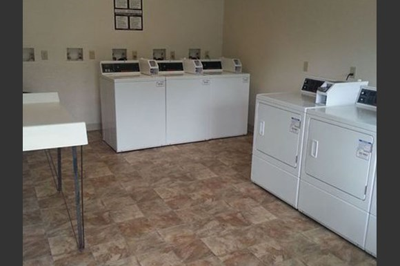 Annhurst Photo Gallery 11. Annhurst Apartments  535 N  Lewis Run  909  Jefferson Hills  PA