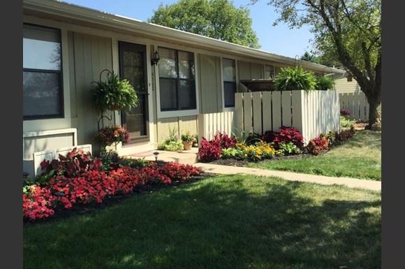 Garden Terrace Photo Gallery 1. Garden Terrace Apartments  8725 Del Rey Court 10B  Tampa  FL