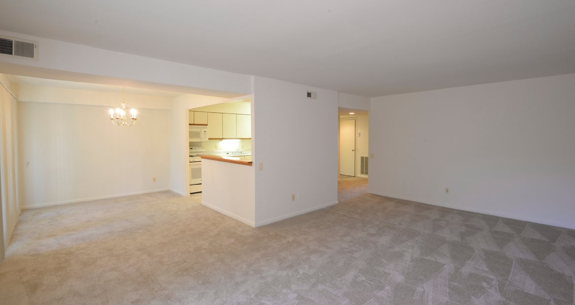 Charlesgate Apartments | Apartments in Towson, MD