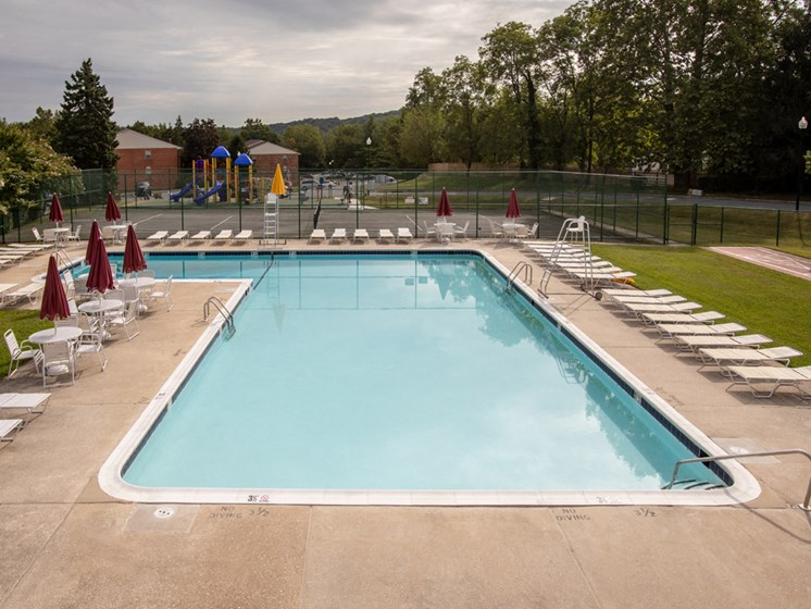Outdoor Swimming Pool, at Cromwell Valley Apartments, 15 Treeway Court, 2A, Towson