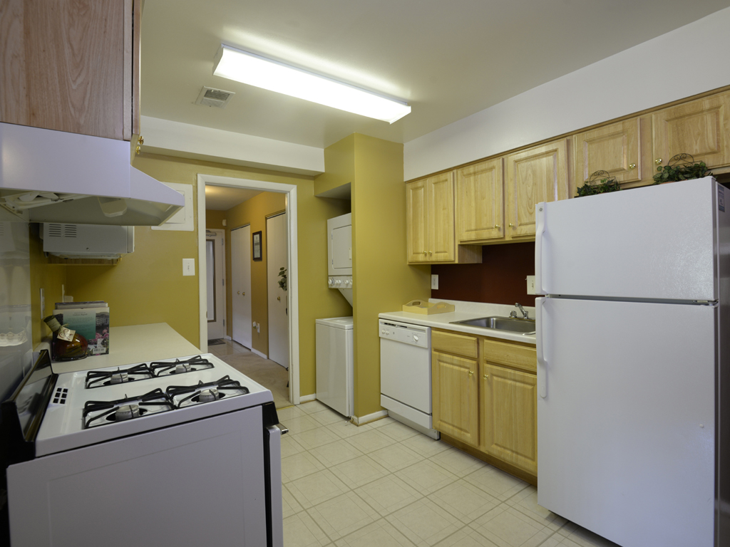 Deer Park Apartments Kitchen