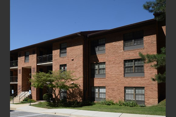 Ivy Hall Apartments, 101 Kenilworth Park Drive, 2B, Towson, MD ...