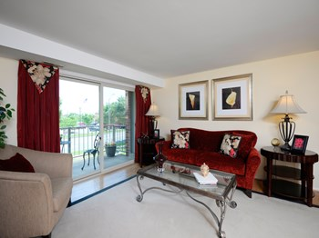 201 Middleway Road, 2A 1 Bed Apartment for Rent Photo Gallery 1