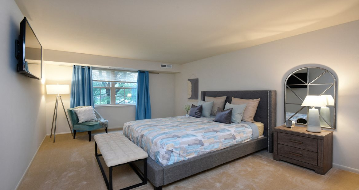 Beautiful Bright Bedroom at Woodridge Apartments, Maryland