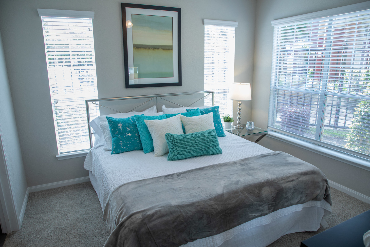Decorative Window Blinds at Marquette at Piney Point, Houston, 77063