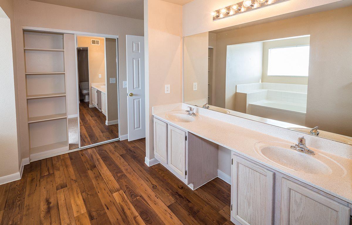 Bathroom Vanities Plano Tx marquette at preston park apartments, 4701 preston park blvd