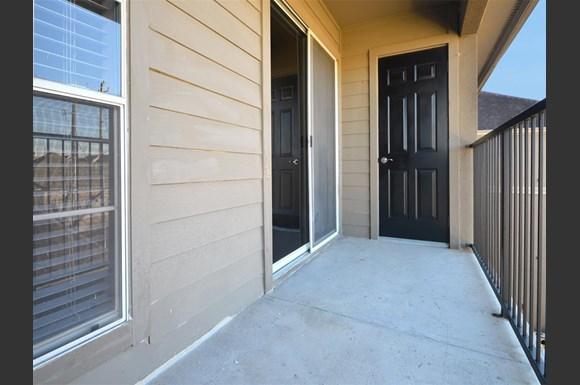 Midtown Arbor Place Apartments, 10 Oak Court, Houston, TX - RENTCafé