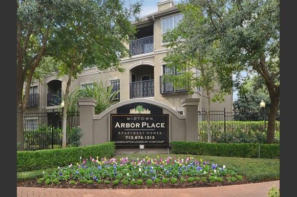 Midtown Arbor Place Apartments, 10 Oak Court, Houston, TX ...