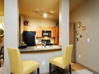 14111 Vance Jackson Road 1-2 Beds Apartment for Rent Photo Gallery 1