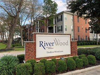 201 River Pointe Drive 1-3 Beds Apartment for Rent Photo Gallery 1