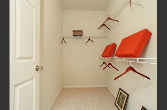 Montecristo Apartments Stone Oak