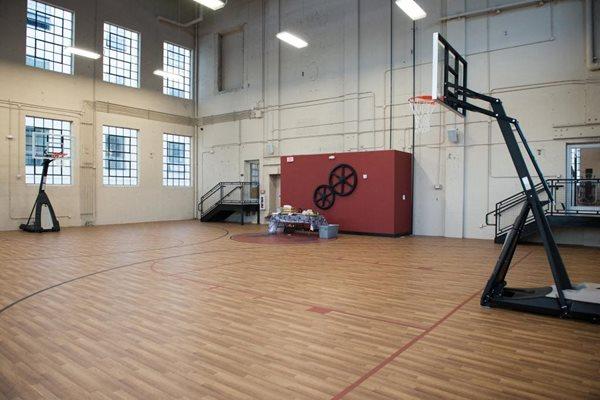 Indoor Basketball Court - Amenities