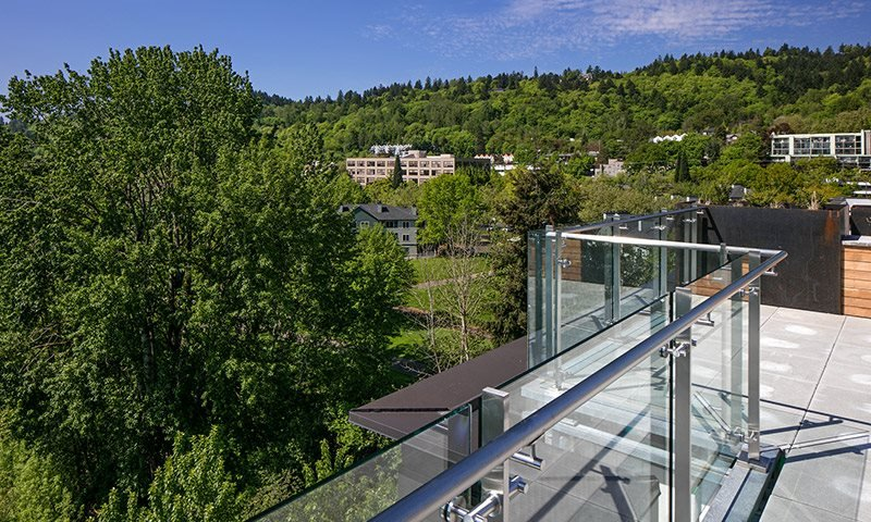 Rooftop Terrace with Views, Sanctuary in Portland, OR 97239