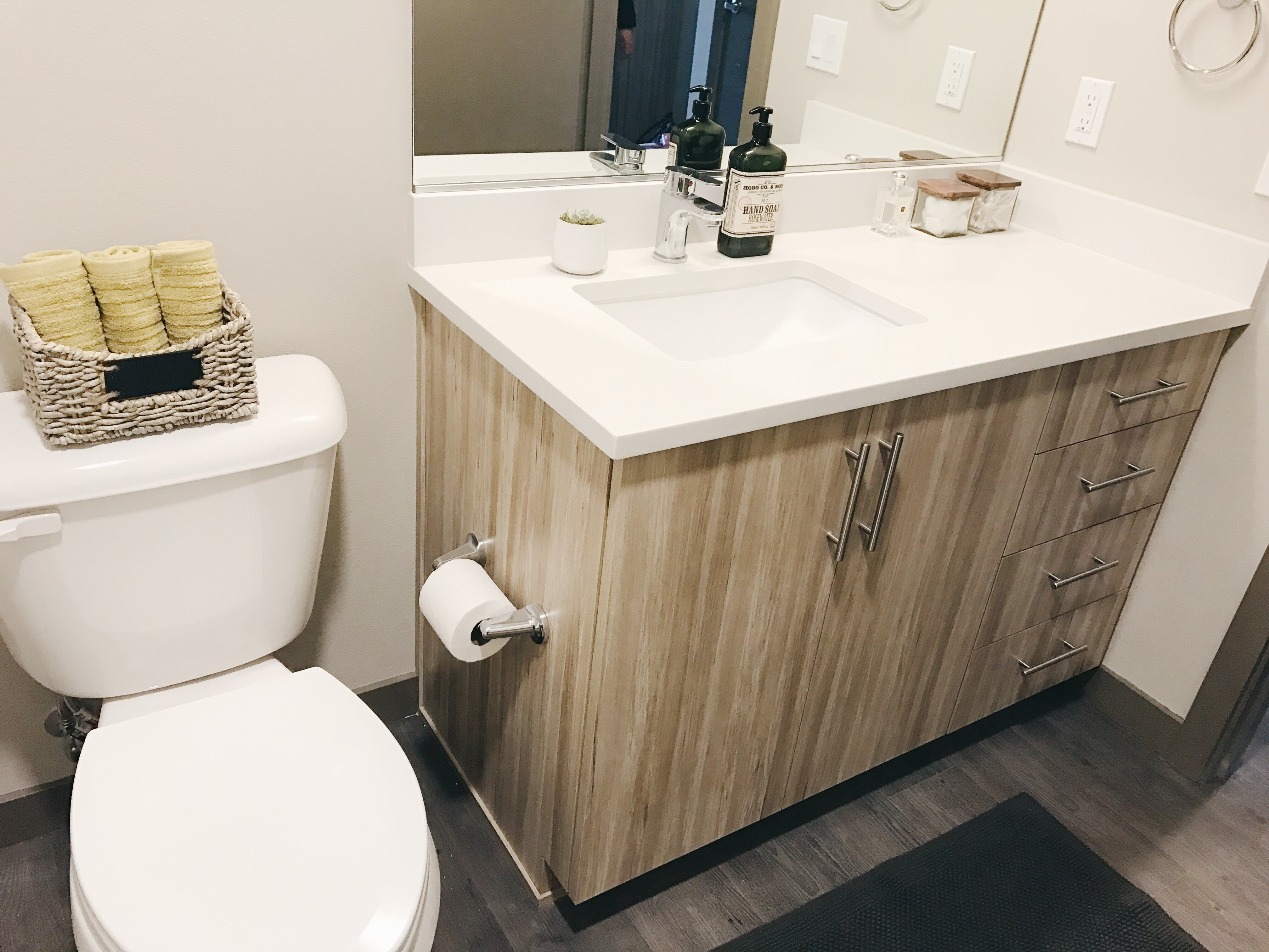 Solid Cultured Marble Bathroom Counter Tops at Bridgetown Lofts, Portland, OR